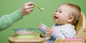 причины срыгивания ребенка во время грудного и искусственного вскармливания