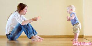 Развитие ребенка в 10 месяцев. Что должен уметь ребенок в 10 месяцев