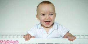 Развитие ребенка в 8 месяцев. Что должен уметь ребенок в 8 месяцев