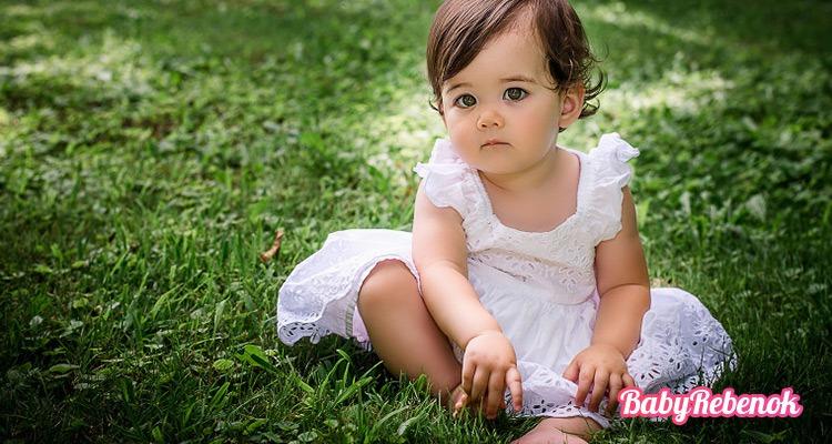 Развитие ребенка в 1 год. Что умеет ребенок в 1 год