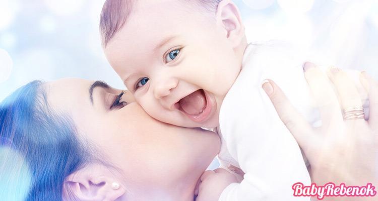 Когда новорожденный начинает видеть и слышать после рождения